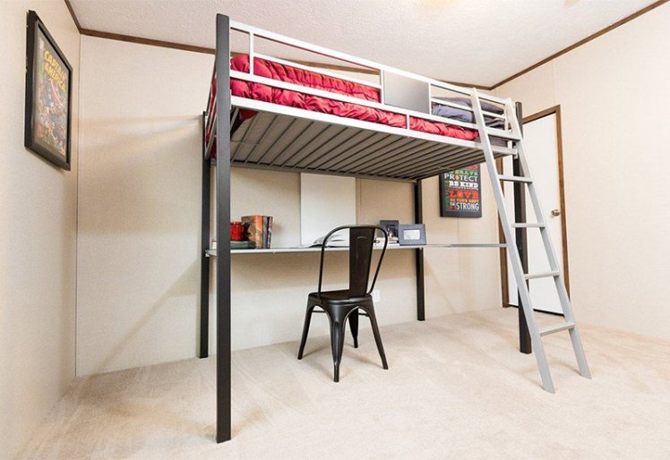Ali Bedroom