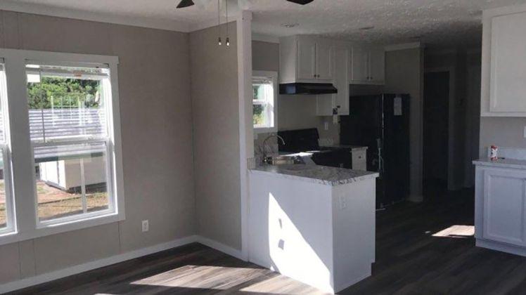 murphy kitchen:living